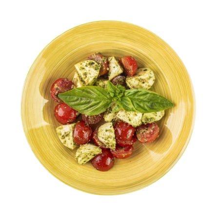 Капрезе з томатами, міні моцарелою і соусом песто